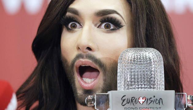 Conchita Wurts, durante una rueda de prensa en Viena tras ganar Eurovisión