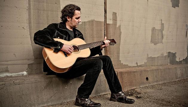El guitarrista Marc Ford.