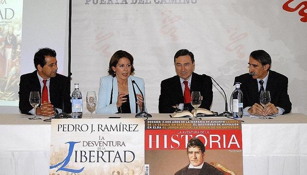 Presentación del libro de Pedro J. Ramírez en Pamplona