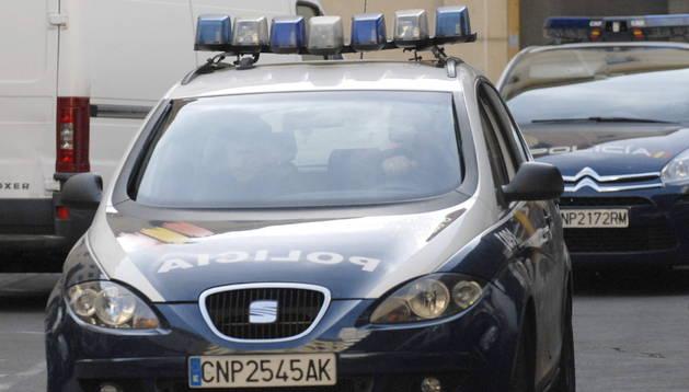 María Montserrat González Fernández, de 55 años, una de las detenidas por el asesinato de Carrasco sale de la comisaría de León.