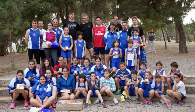 Ganadores y organizadores posaron juntos en el parque del Romero tras la entrega de premios