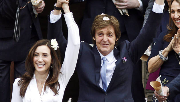 Paul McCartney y su esposa Nancy. EFE