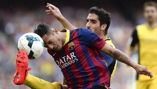 Imágenes del decisivo Barça-Atlético disputado en el Camp Nou