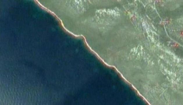 Varios de los círculos, junto a la costa.