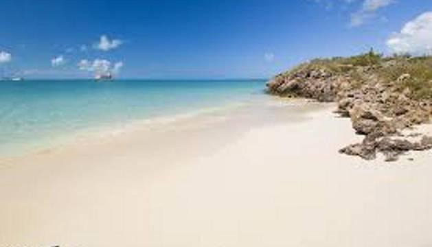 Los navarros buscan buen tiempo y playa