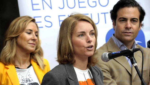 Arantza Quiroga, Pablo Zalba y Ana Beltrán, en el acto electoral que el PP ha celebrado en Bera