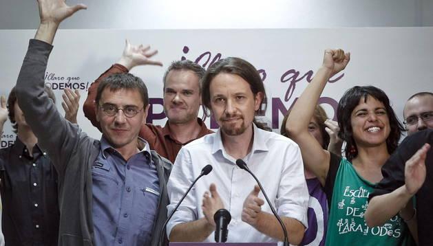 Pablo Iglesias junto a otros miembros de 'Podemos'