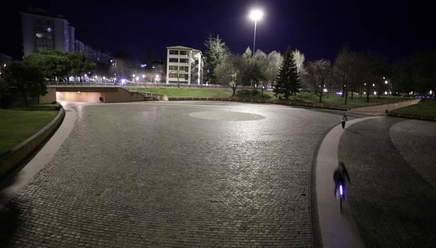 Los corredores atravesarán la Plaza de los Fueros en el tramo final de la San Fermín Marathon