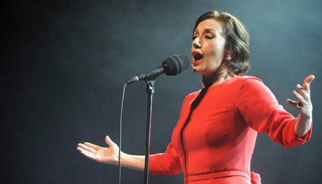 Luz Casal durante su actuación en Marruecos