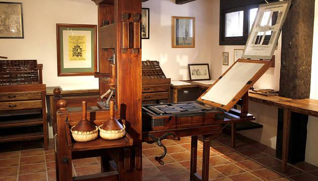 Réplica exacta de la imprenta de tipos móviles con la que se publicó la primera edición de Don Quijote de la Mancha