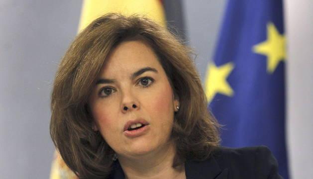 La vicepresidenta del Gobierno, Soraya Sáenz de Santamaría, durante la rueda de prensa tras la reunión del Consejo de Ministros