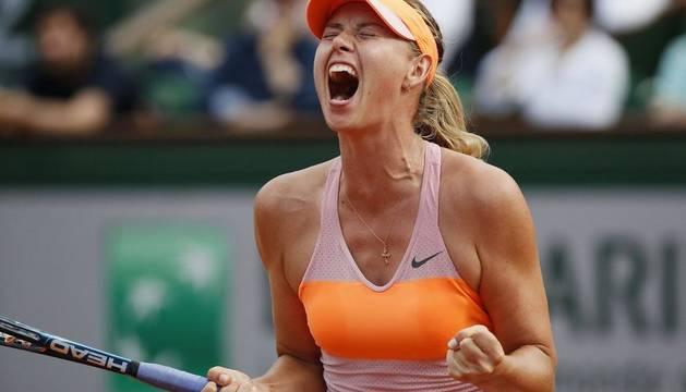 Maria Sharapova conquista Roland Garros contra Simona Halep