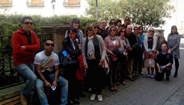 Varios de los profesores del colegio, durante una de sus visitas