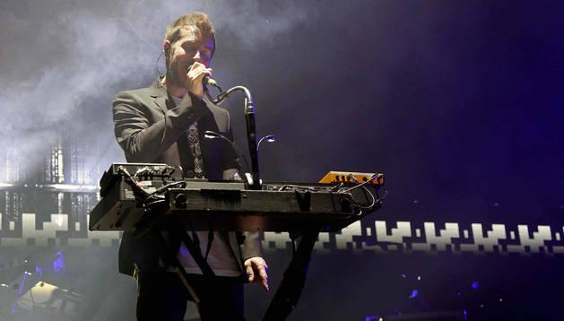 El grupo británico Massive Attack durante su acuación en la primera jornada del Festival Sónar