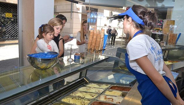 La heladería Larramendi Izozkitegia tiene dos locales en Pamplona