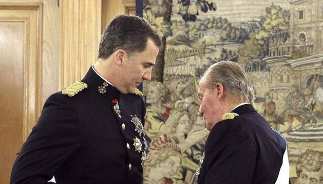 Felipe VI ha sido coronado como rey de España.