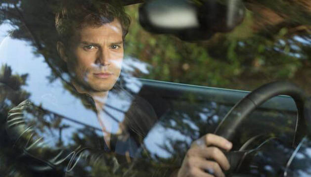 Jamie Dornan como Christian Grey.