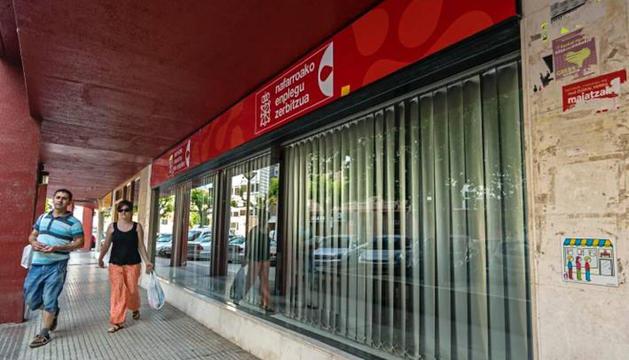 La sede actual del SNE, en la plaza Sierra de Aralar de Estella.