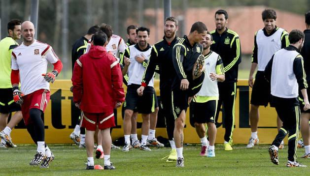 Los jugadores de la selección, durante su último entrenamiento