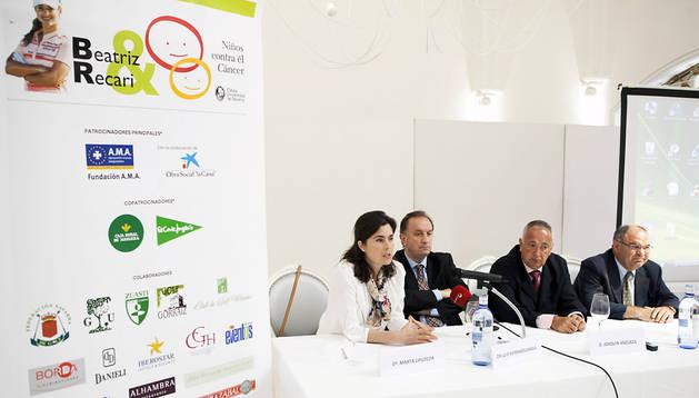 Un momento de la rueda de prensa de presentación del torneo 'Niños contra el Cáncer'