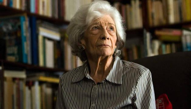La escritora, Ana María Matute