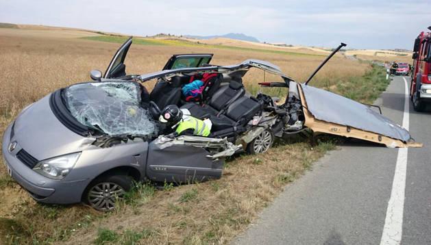 Una imagen del coche accidentado este sábado por la mañana