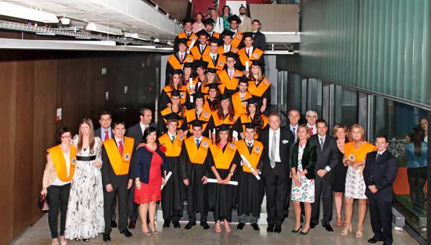 Imagen de los graduados de la 20 promoción de Foro Europeo.