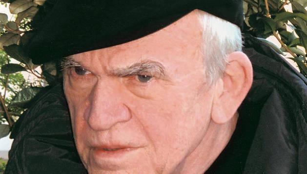 El escritor checo Milan Kundera