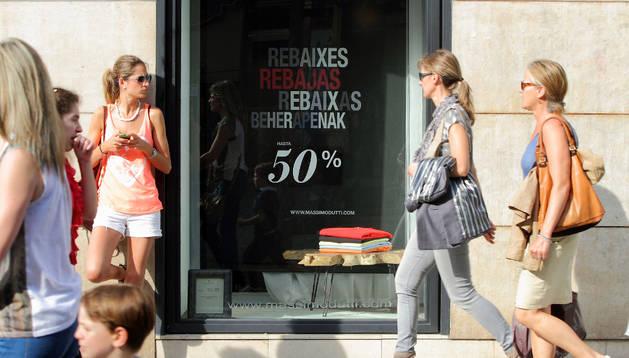 Los comerciantes navarros esperan que las cifras de las rebajas sean similares a las del año pasado.