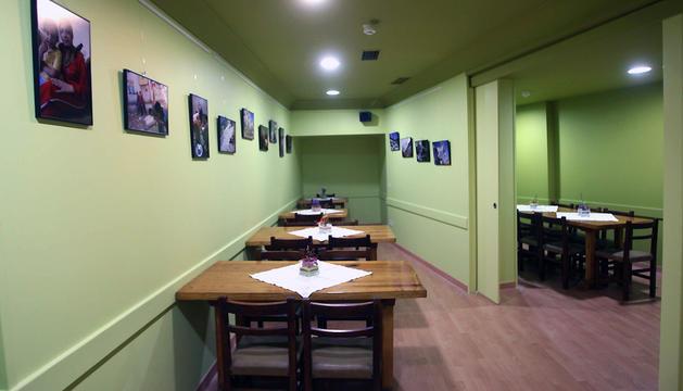 Interior del comedor social París 365