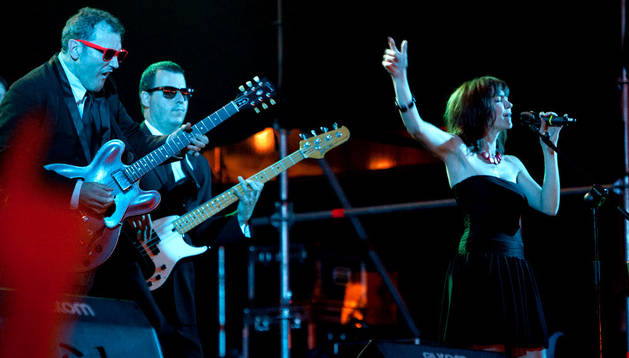 Gregario de Luxe en concierto