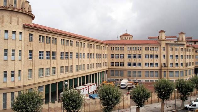 Edificio del antiguo colegio de los Maristas, en la avenida de Galicia