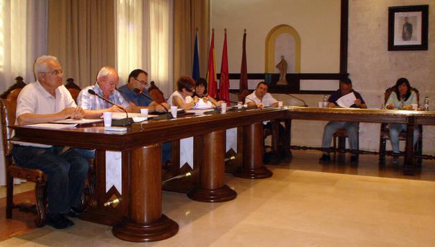 Instante del pleno municipal celebrado en Cintruénigo.
