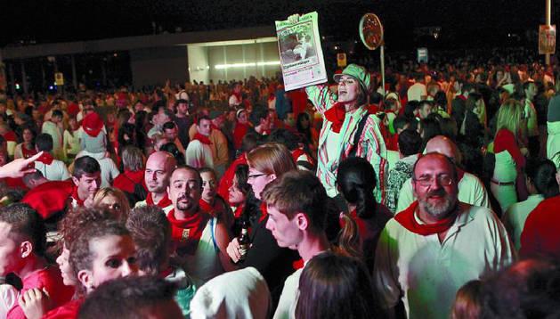 Diario de Navarra tendrá ocho puntos de venta durante los fuegos artificiales.Buxens