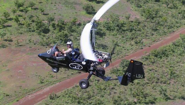 Francisco Giménez en vuelo durante una de las etapas del viaje.