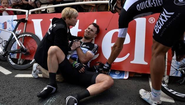 Cavendish, tras la caída sufrida en la primera etapa del Tour
