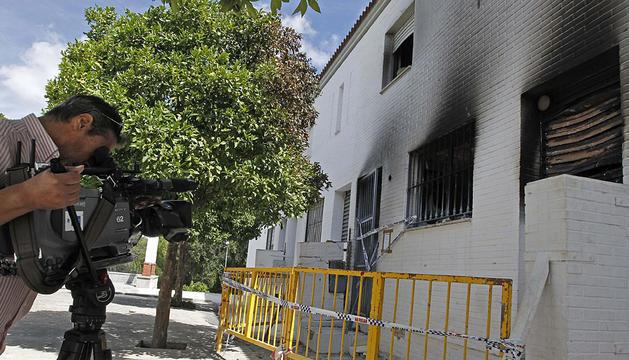 Una de las viviendas quemadas en la barriadas de Estepa.