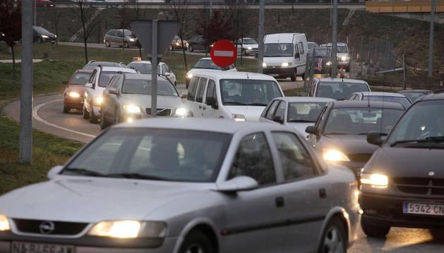 Los coches cada vez se usan y se reparan menos
