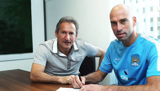 Beguiristiain, junto a Willy Caballero