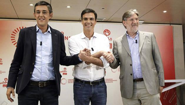 Desde la izquierda: Eduardo Madina, Pedro Sánchez y Pérez Tapias