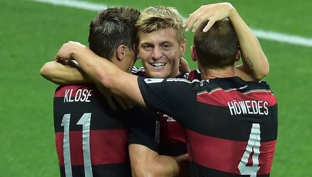 Kroos celebra su gol contra Brasil en el Mundial