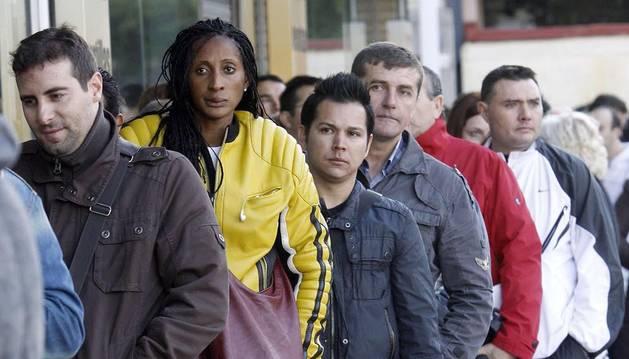 Según la UE, el envejecimiento de la población española hará necesario la inserción de inmigrantes legales al mercado laboral.
