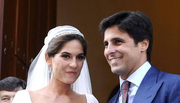 Matrimonio eclesiástico de Francisco Rivera y Lourdes Montes en Sevilla