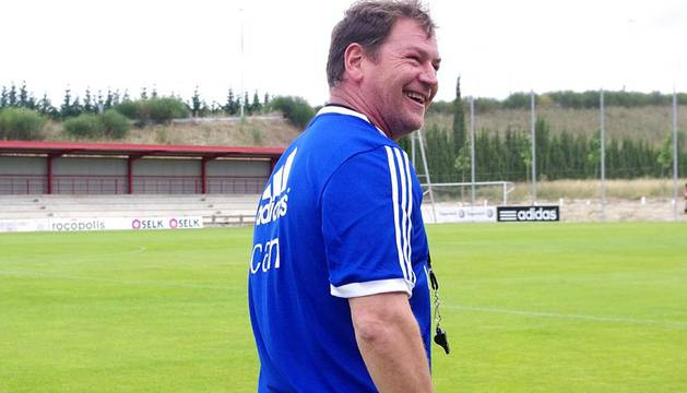 Caras nuevas en el primer entrenamiento de la etapa de Jan Urban como entrenador rojillo.