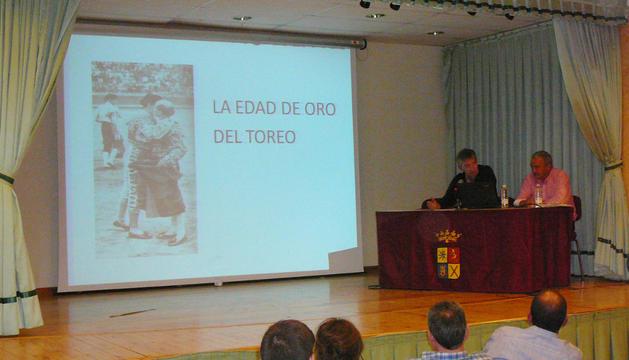 Andrés De Miguel y  Luis Martínez durante la charla.