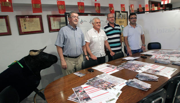 De izquierda a derecha, Vicente González Remón, Julián López Jimeno, Celes Sebastián Ciria, y Eugenio Miramón Carcavilla.