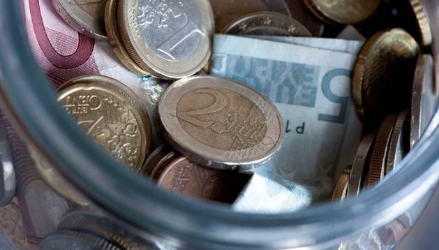 UPyD cree que Navarra y País Vasco mantienen regímenes fiscales que les aportan más dinero que a otras econonomías.
