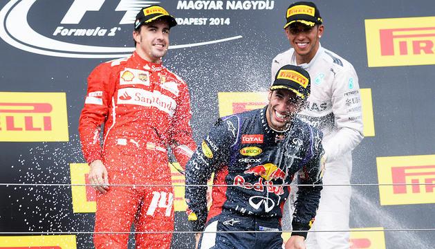 Alonso, Ricciardo y Hamilton