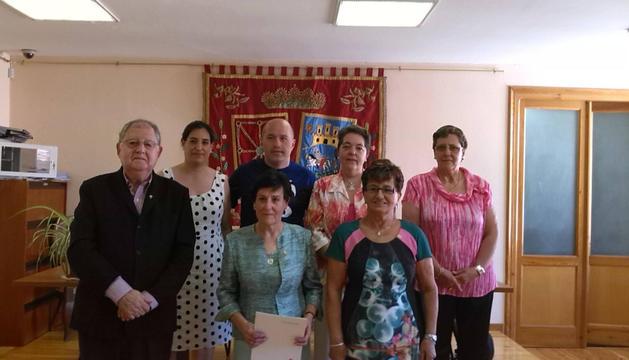 Los homenajeados ayer en San Martín de Unx.