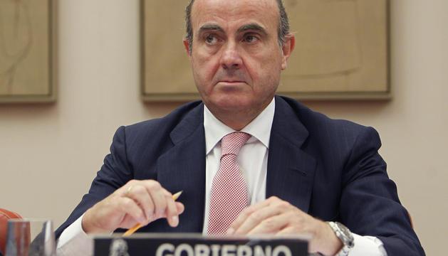 Luis de Guindos, durante su comparecencia este martes en el Congreso
